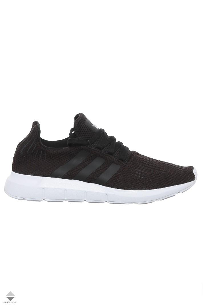 668d45ec2 Adidas Swift Run Sneakers B37726 Core Black