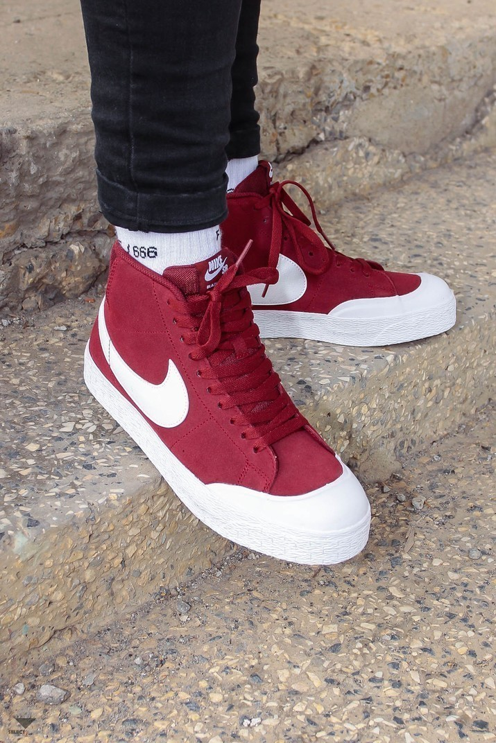 5584a793745c Nike SB Blazer Zoom Mid XT Sneakers Dark Team Red White EQ Rouge ...